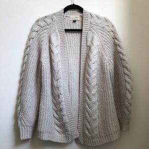 Universal Thread Chunky Cream Knitted Cardigan
